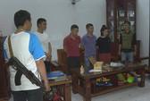 Hàng trăm cảnh sát đột kích 27 tụ địa điểm đánh bạc trong 1 tỉnh