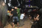 Đột kích phòng karaoke