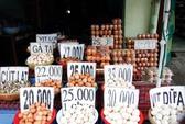 Vì sao giá trứng gia cầm ở chợ gấp đôi ở trại