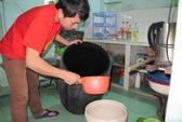 TPHCM: Cúp nước thâu đêm suốt sáng, người dân la làng