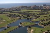 VĐV chết đuối trong hồ nước sân golf