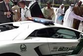 Cảnh sát Dubai tuần tra bằng siêu xe Lamborghini