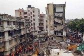 Sập nhà kinh hoàng ở Ấn Độ và Trung Quốc