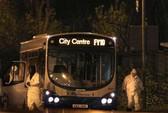 Nữ tài xế liều mình giải cứu xe buýt bị gài bom