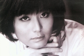 Hoa hậu Thu Thủy: Sống thật thì không có giá!