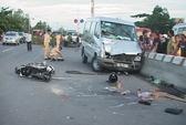 Chạy ngược chiều vào làn ô tô, 3 người chết