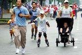 Chạy bộ từ thiện, quyên góp hơn 30.000 USD