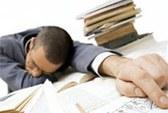 Ăn xong buồn ngủ không chỉ là thói quen