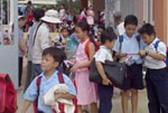 Nỗ lực tìm chỗ học cho trẻ nhập cư