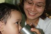 Trẻ đái dầm vì stress