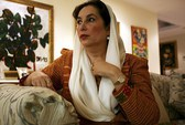 Vụ ám sát bà Bhutto: Khởi tố 2 quan chức cảnh sát