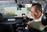 Tài xế taxi trả lại gần 1 triệu USD cho khách bỏ quên