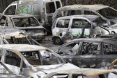 Pháp: Đốt 1.193 ô tô đón năm mới!