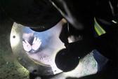 Cưa ống ngầm giải cứu em bé mắc kẹt suốt 25 giờ