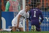 M.U chia điểm với Shakhtar, PSG thắng tưng bừng