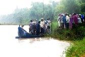 Qua sông cắt cỏ, 2 phụ nữ bị nước cuốn trôi