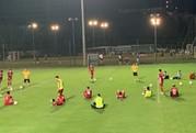 Xem các tuyển thủ trổ tài sút xà ngang theo lệnh HLV Park Hang-seo