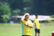 """HLV Park Hang-seo """"hành xác"""" đội hình phụ trong nắng nóng Myanmar"""