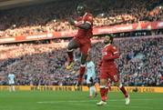 Đại thắng, Liverpool vươn lên vị trí thứ 2