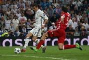 "Ronaldo đe dọa ""hùm xám"""