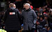HLV Mourinho vẫn bình thản sau trận derby tai tiếng