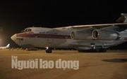 Cận cảnh phi cơ đưa 40 tấn hàng cứu trợ của Nga đến Khánh Hòa