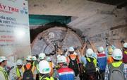 Siêu robot đào hầm đã về ga Ba Son