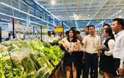Nông dân bán hàng vào siêu thị được miễn chiết khấu, bao tiêu sản phẩm