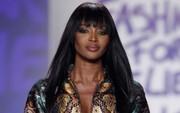 """""""Báo đen"""" Naomi Campbell là biểu tượng thời trang 2018"""
