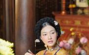 """Vì sao """"Nàng thơ xứ Huế"""" lại hóa thân như thiếu nữ Hàn Quốc?"""