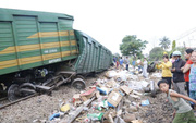 """Đường sắt Bắc - Nam thông tuyến, không xảy ra """"hôi của"""" sau tai nạn"""