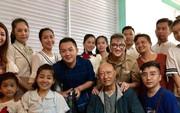 """Diễn viên Lê Bình, Mai Phương rơi nước mắt vì """"Tình nghệ sĩ"""""""