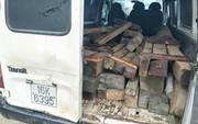 Kiểm lâm rượt đuổi xe chở gỗ như… phim hành động