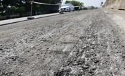 Cận cảnh vá víu quốc lộ ngàn tỉ ở Quảng Nam