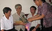 Lãnh đạo Tổng LĐLĐ Việt Nam thăm hỏi công nhân bị tai nạn lao động