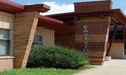 Mỹ: Học sinh tiểu học quan hệ trong lớp, giáo viên bị đình chỉ