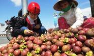Trái cây cuối mùa, hút hàng tăng giá nóng