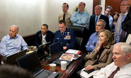 Đặc nhiệm SEAL nã hàng trăm viên đạn vào xác Bin Laden