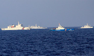 Trung Quốc điều 2 tàu đổ bộ trực thăng ra giàn khoan trái phép