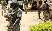 Nigeria: Hơn 100 nữ sinh bị bắt cóc