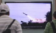 Kim Jong-un trực tiếp chỉ huy phóng tên lửa đạn đạo