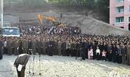 Quan chức Triều Tiên xin lỗi dân