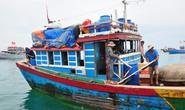 Tàu chiến Trung Quốc đâm tàu cá Việt Nam