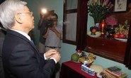 Viếng Chủ tịch Hồ Chí Minh và tưởng niệm các anh hùng liệt sĩ