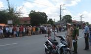 Cảnh sát bị tố vung gậy khiến dân té nứt sọ