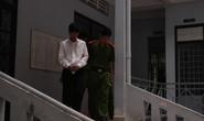 Bị chia tay, qua Campuchia tung clip sex với bạn gái lên mạng
