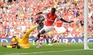 Arsenal đè bẹp Benfica ở trận mở màn Emirates Cup