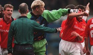 "Tự truyện ""Hiệp hai"" của Roy Keane: Dậy sóng Old Trafford"