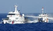 Tàu Trung Quốc chia thành 2 vòng vây ép tàu Việt Nam