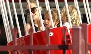 Ngắm cặp song sinh đáng yêu nhà Angelina Jolie
